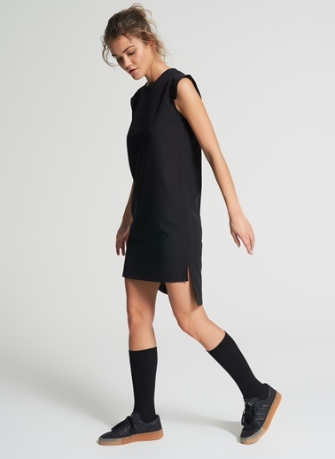 Pi π Arkası Uzun Detaylı Elbise Siyah